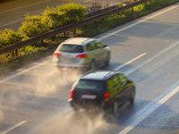 Pozitionarea masinii pe sosea si disciplina pe benzile de circulatie